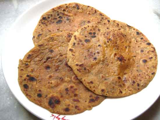 Recipe of Aloo Paratha with onion