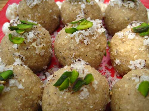 Lotus Seeds Ladoo Recipe - Photo 06