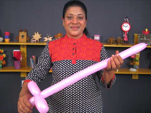 Balloon Sword Made by Balloon Modelling