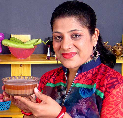 Herbal Shampoo Recipes by Sonia Goyal