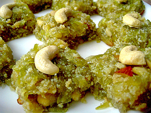 Lauki Ki Barfi Recipe with Video