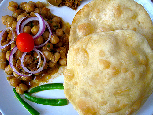 chole for bhature