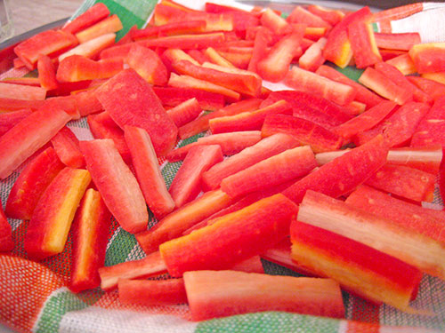 Washed and dry carrots for pickle