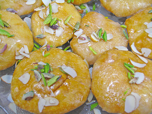 Meethi Mathri Recipe From Rajasthani Cuisine