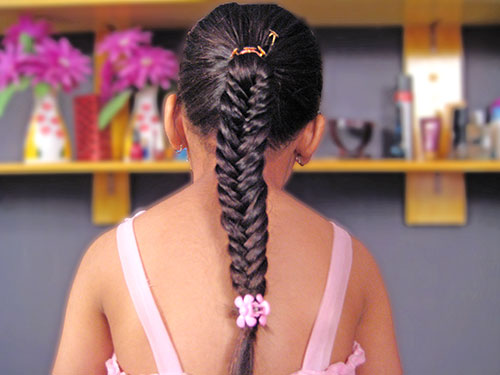 A DIY Tutorial Of Fishtail Braid Hairstyle