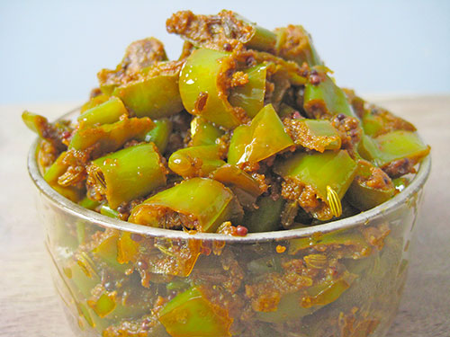 Instant Chilli Pickle - Rajasthani Mirch Ke Tipore Recipe