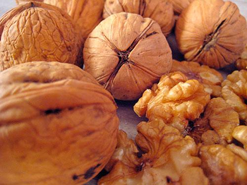 Health Benefits Of Walnut With Video by Sonia Goyal