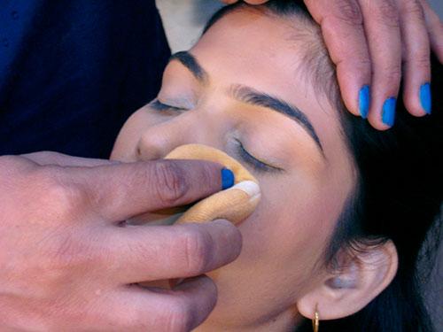 How To Do Smoky Eye Makeup